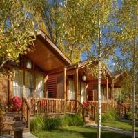 Rustic Cabins Exterior