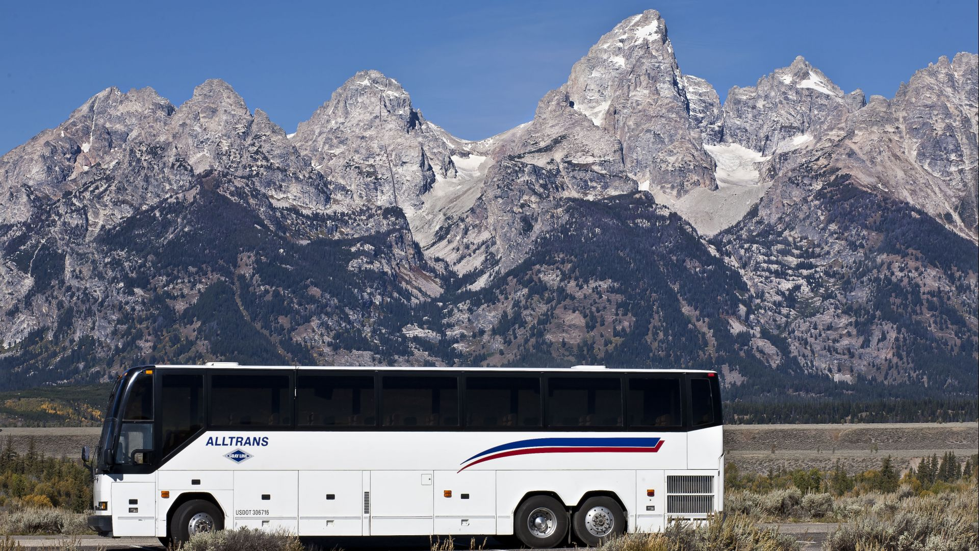 Catch an airport shuttle or join the Targhee Express with AllTrans. The local START Bus also offers affordable local transportation.