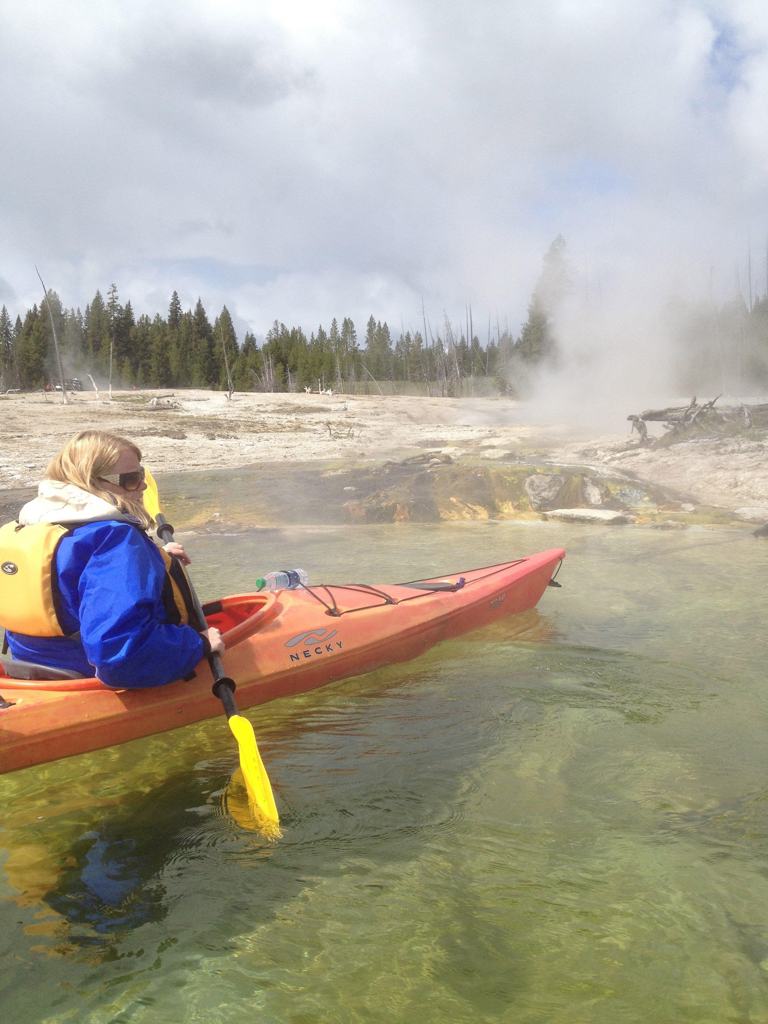 kayak to geysers