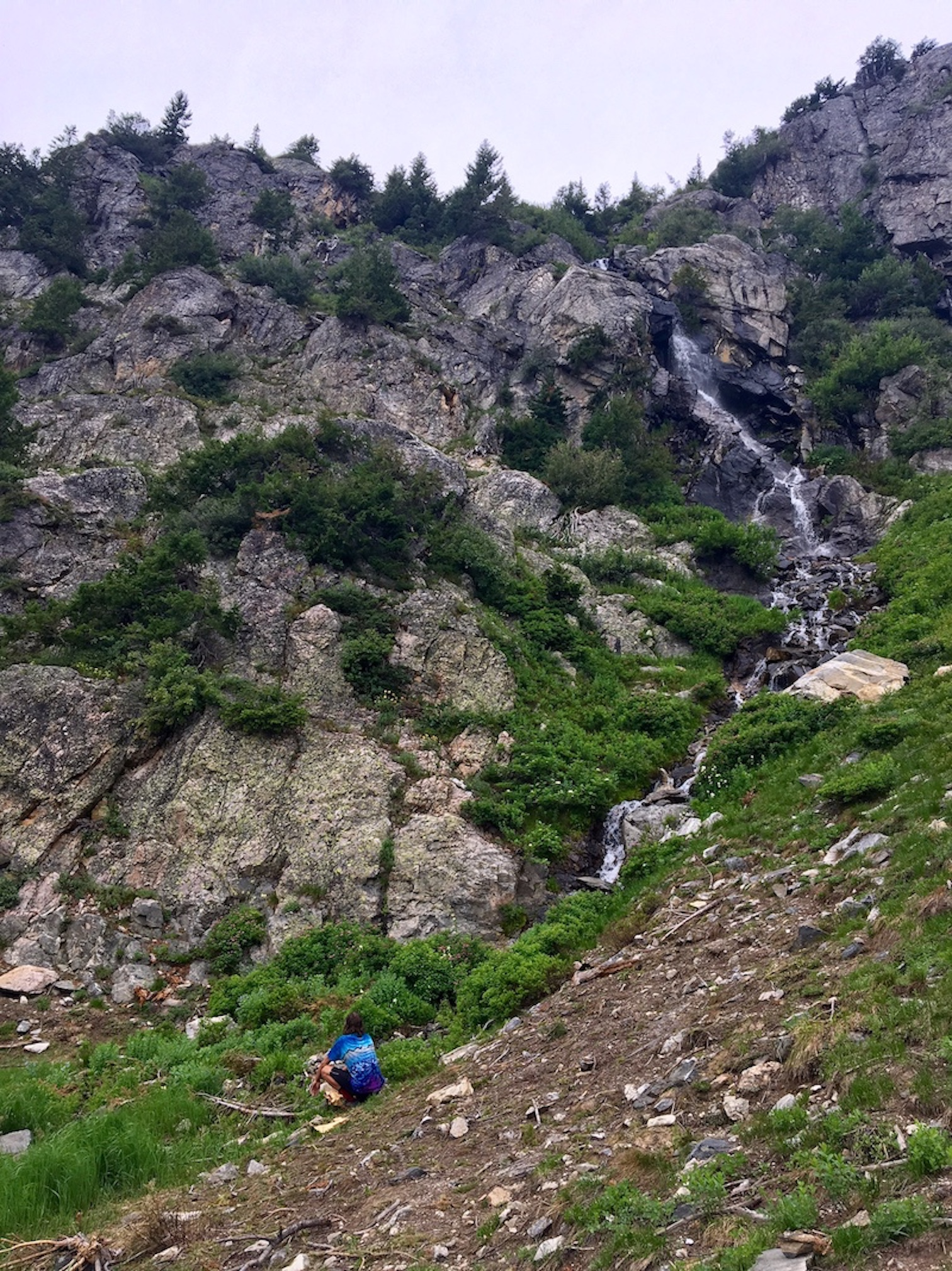Hike to the Crags