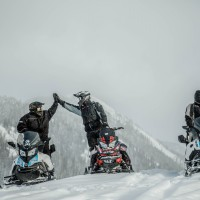 Togwotee pass snowmobile tour
