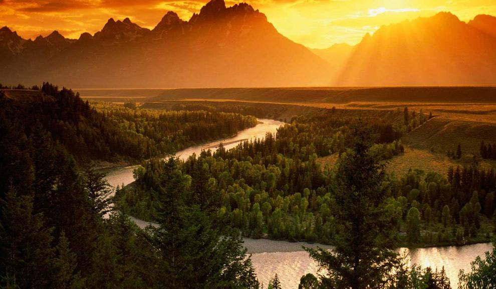 Make Jackson Hole Your Yellowstone Base Camp