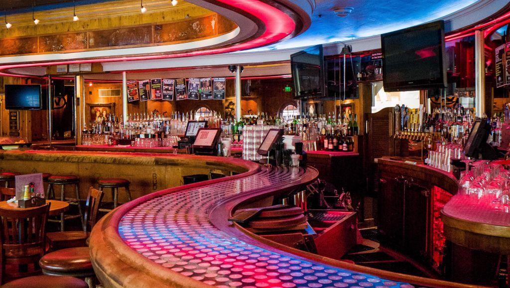 The wort hotel-16 bar - main