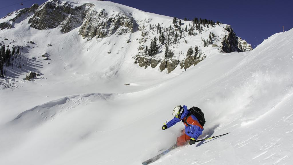 Jackson Hole Canadian Savings at Par