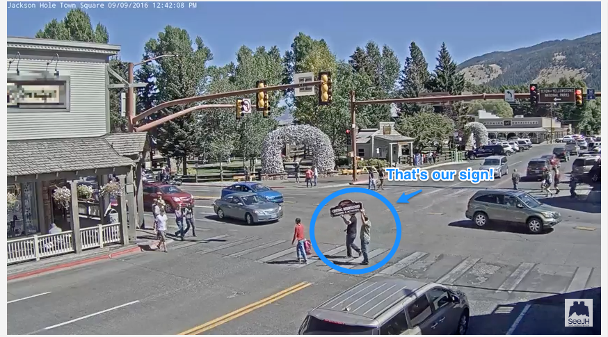 Have you seen the jackson hole town square web cam for Towns near jackson hole wyoming