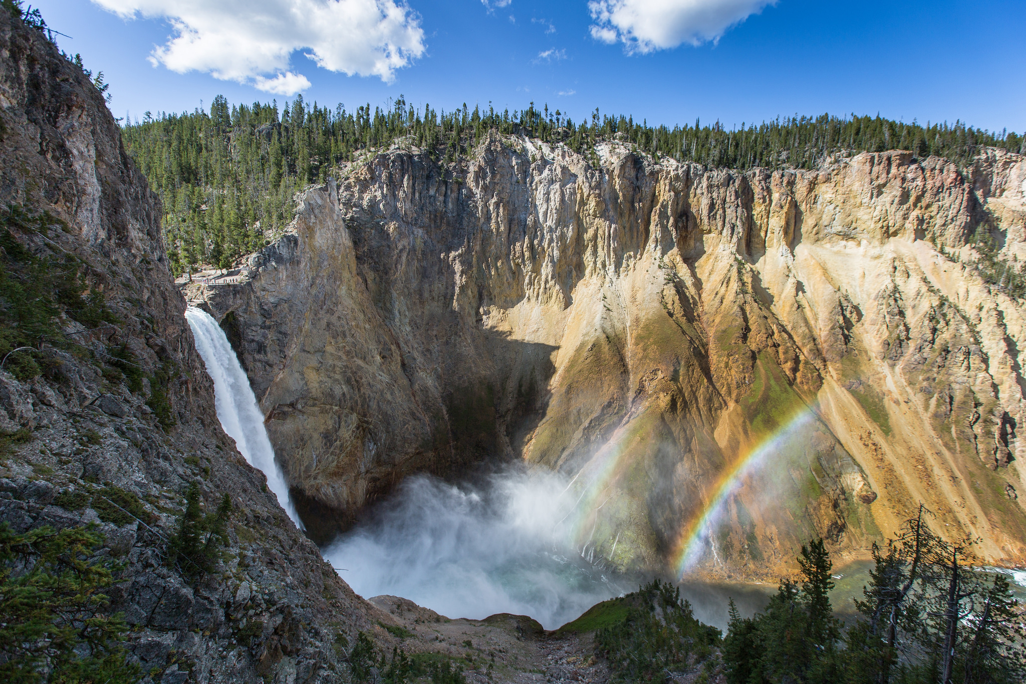 yellowstone watefall