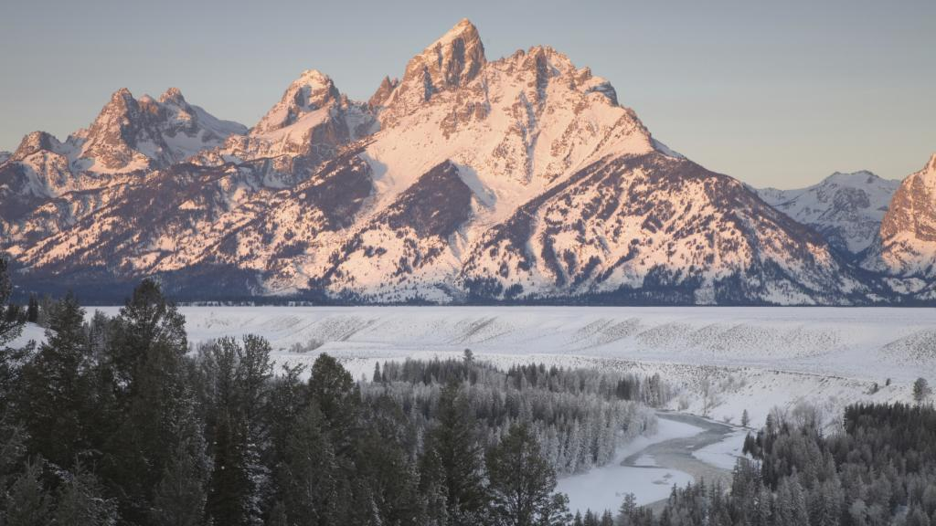 Spring Skiing Drive Package
