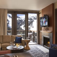 Hotel Terra Jackson Hole urban studio or one bedroom suite living room