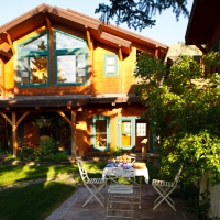 Alpine House Inn & Cottages