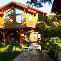 Alpine House & Cottages